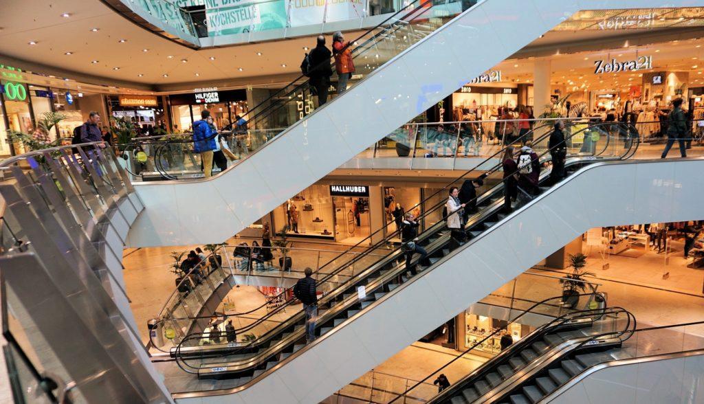 Einkaufshaus mit großer Angebotsauswahl